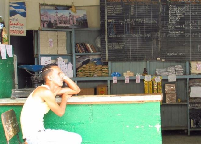 Um mercado no centro de Havana